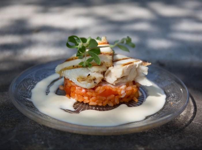 Gegrilde botervis met tomatenrisotto en crazy pea